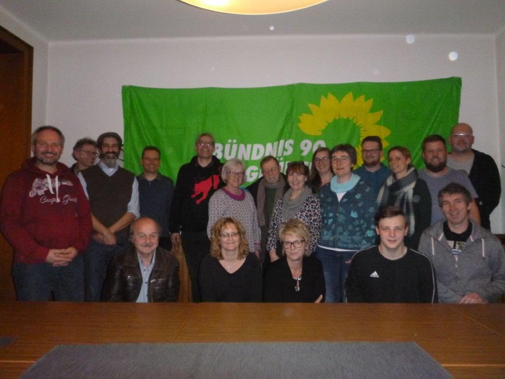Artenvielfalt, Blühwiesen und Frauenhaus Südkreis-Grüne bereiten Kommunalwahlen vor